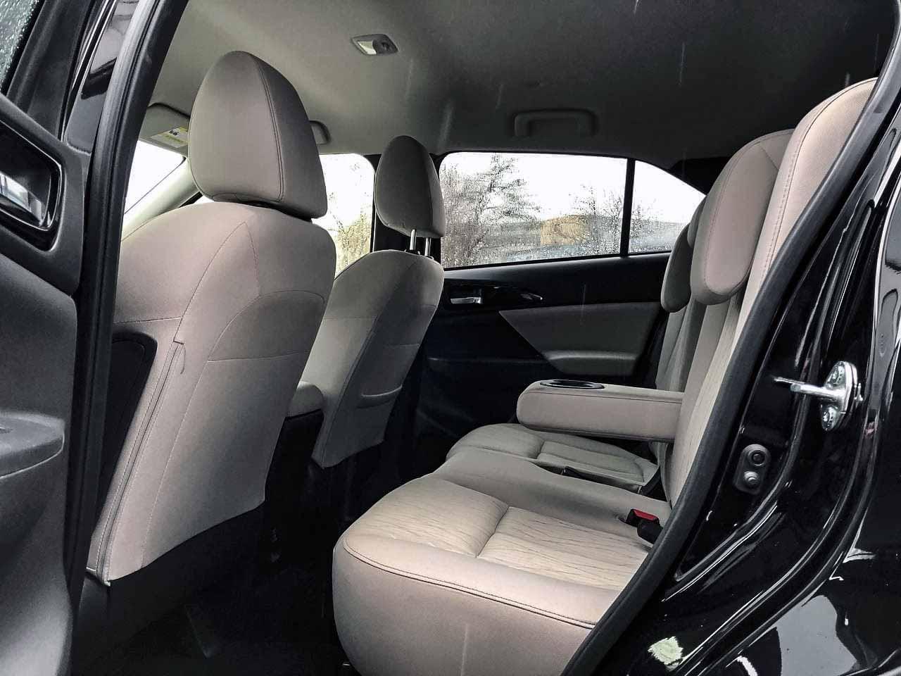 2018 Mitsubishi ECLIPSE CR | Vin: JA4AT5AA6JZ070061