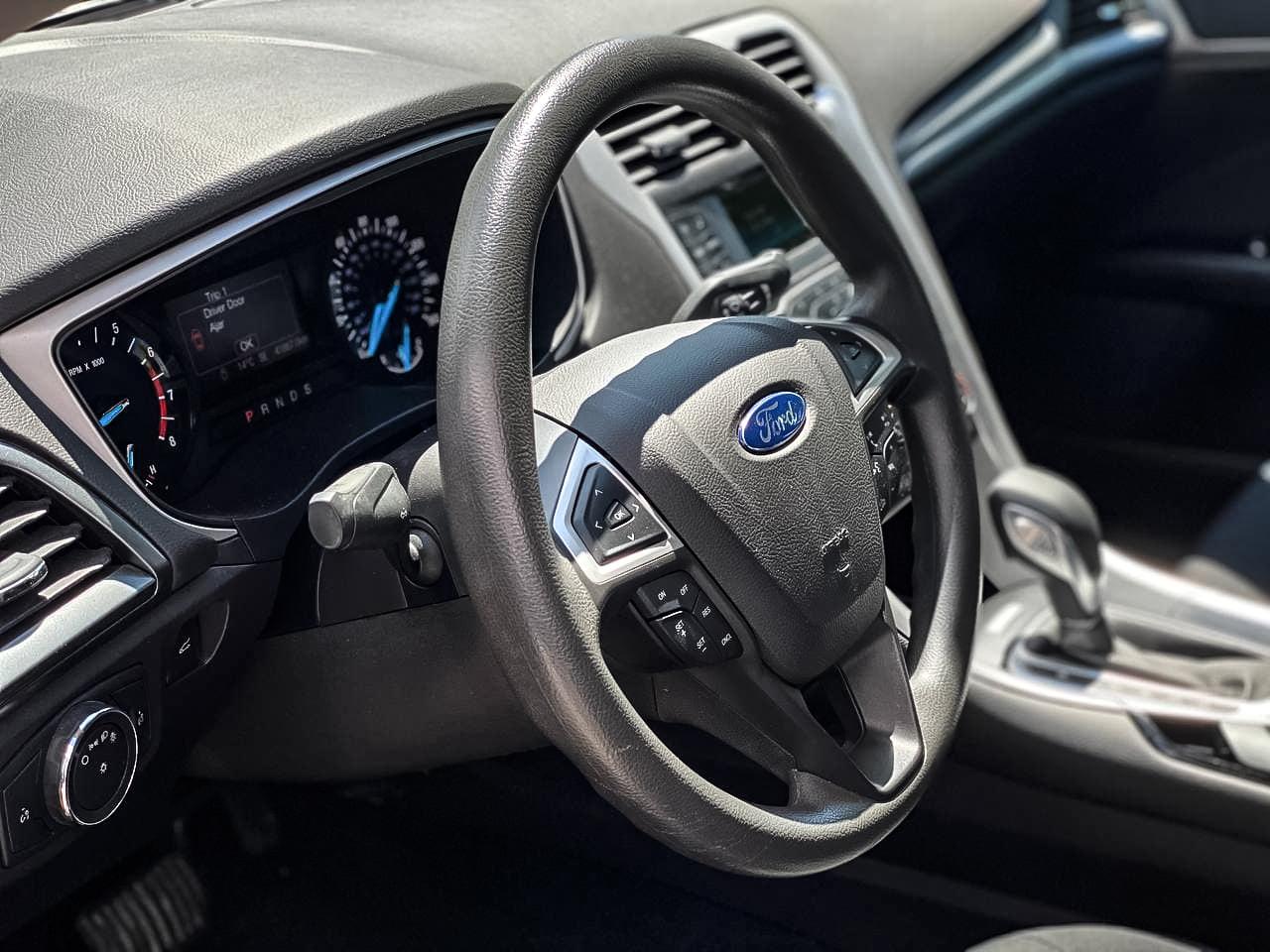 2015 Ford FUSION   Vin: 3FA6P0H74GR273269