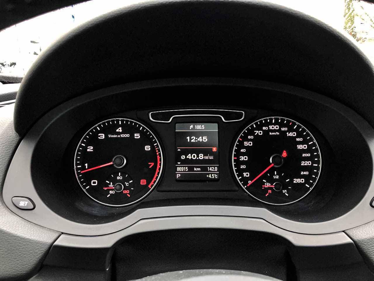 2014 Audi Q3   Vin: WA1GFEFSXFR006762