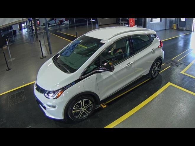 2017 Chevrolet BOLT | Vin: 1G1FX6S04H4161048