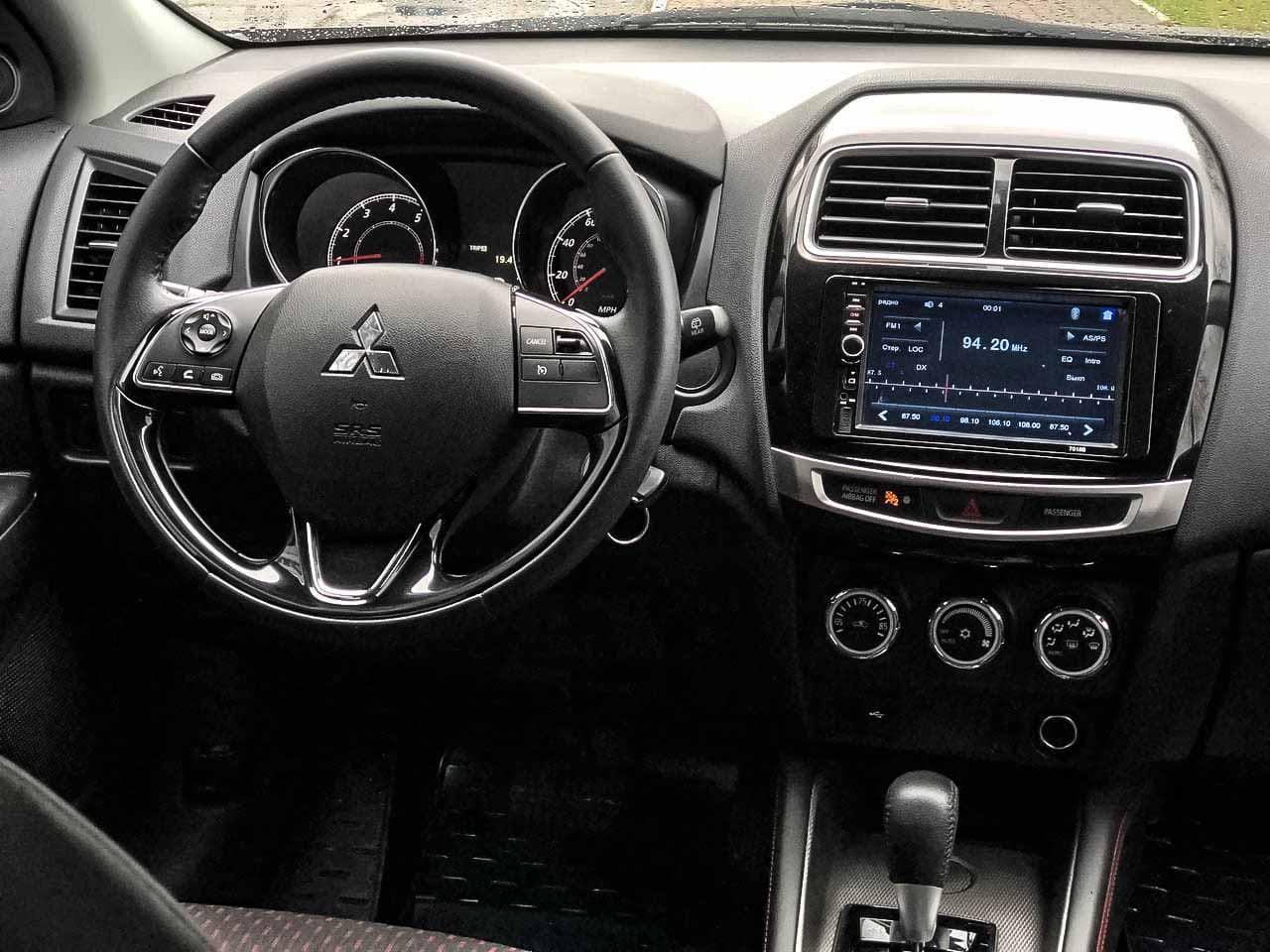 2018 Mitsubishi OUTLANDER | Vin: JA4AP3AU0JU008039