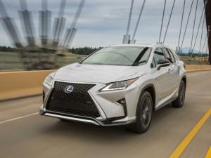 Lexus анонсирует новые гибриды и электромобили