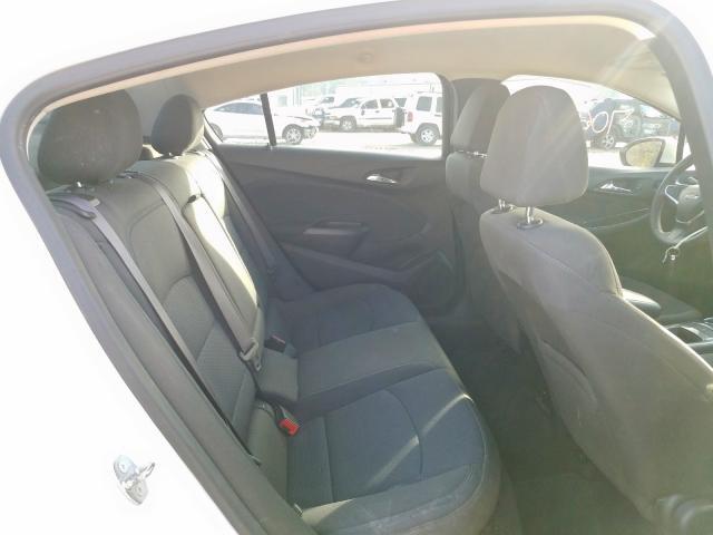 2017 Chevrolet    Vin: 1G1BE5SM0H7237543