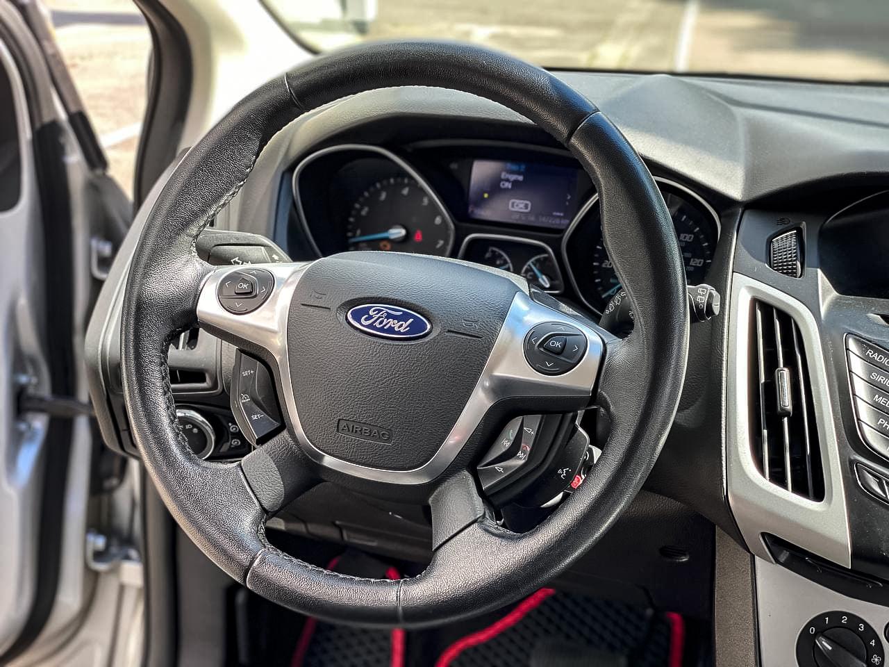 2013 Ford FOCUS   Vin: 1FADP3K25DL294213
